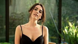 Cansu Dere ressam Renan Kaleli ile aşk mı yaşıyor?