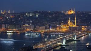 Economist: İstanbul 2018'de dolar bazında en hızlı ucuzlayan şehir oldu