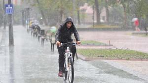 Meteoroloji'den sağanak ve kuvvetli rüzgar uyarısı
