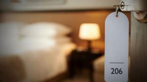 Odaya kamera koyup cinsel ilişkiyi canlı yayınladılar