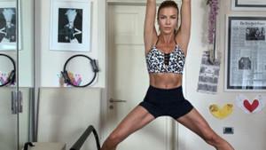 Yoga da kesmedi... Ivana Sert huzuru mezarlıkta arıyor