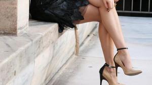 Boyunuzu daha uzun gösterecek yüksek topuklu ayakkabı hilesi