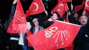 İttifak bu kez AKP'ye kaybettirdi, CHP'ye kazandırdı: Ankara 25 yıl sonra el değiştirdi