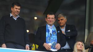 Ekrem İmamoğlu, Fenerbahçe Galatasaray derbisini tribünde takip etti