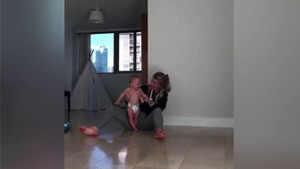 Kaylyn Kyle'dan bebeğine futbol eğitimi