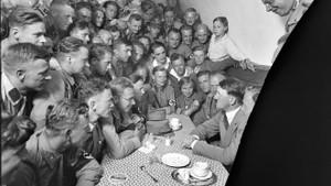 Adolf Hitler'in hiç bilinmeyen fotoğrafları