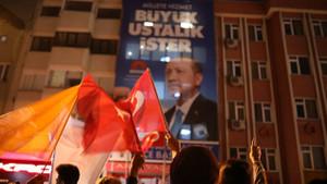 Fatih Altaylı'dan AK Parti'ye sert eleştiri: Oylarınız mı çalındı, oy mu kaybettiniz?