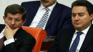 AKP'li isim: Davutoğlu değil Babacan'ın partisi bize zarar verir