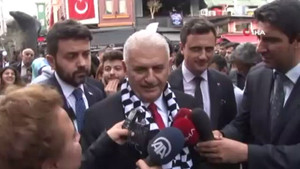 AKP adayı Binali Yıldırım'a Beşiktaş'ta yoğun ilgi