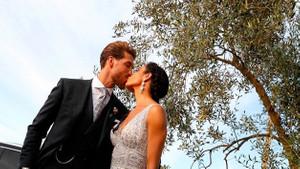 Yılın düğününde görevli garsondan itiraf: Birbirimizi çıplak görmek zorunda kaldık