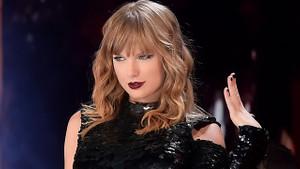 En çok kazanan 100 ünlü listesinin başına Taylor Swift oturdu