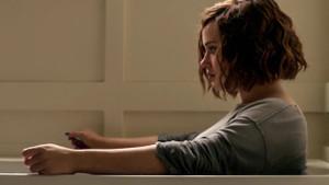 Netflix tepki gören intihar sahnesini 2 yıl sonra diziden çıkardı