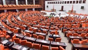 CHP'den 7 milyon Nadir hastası için kanun teklifi: İlaçlar geri ödeme kapsamına alınsın