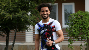 Beşiktaş Douglas ile 3 yıllık sözleşme imzaladı