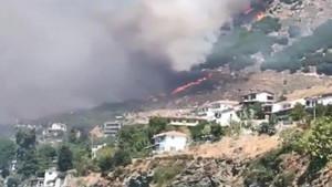 Korkutan yangınlar! Evler yanmaya başladı