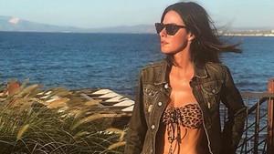 Defne Samyeli'den bikinili tatil pozu (Ünlü isimlerin tatil paylaşımları)