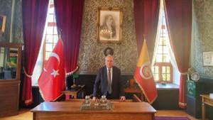 Galatasaray Lisesi'ne Fenerbahçeli müdür atanmasına tepki: Camiamızı derinden yaraladı