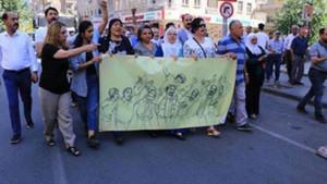 Gezi Aileleri kayyum protestolarına destek oldu
