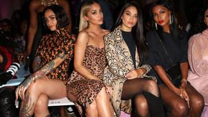 Victoria's Secret modelleri bu kez izleyici koltuğunda