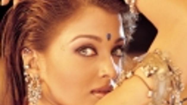 Hintli dünya güzeli Aishwarya Rai, Bollywood'un yükselen yıldızı oldu!