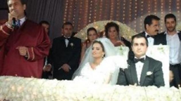 İbrahim Tatlıses'in en mutlu günü!!! Kızını evlendirdi!!! İşte o kareler!!!