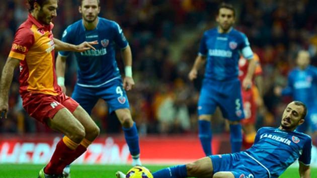 Karabükspor 0-1 Galatasaray  Sneijder'dan hayat öpücüğü!