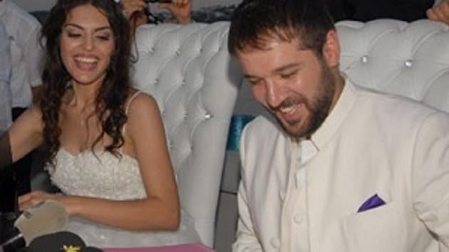Gaye Turgut ile Deniz Evin evlendi!