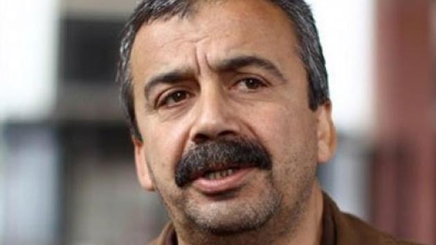 Sırrı Süreyya Önder BDP'den istifa ediyor!