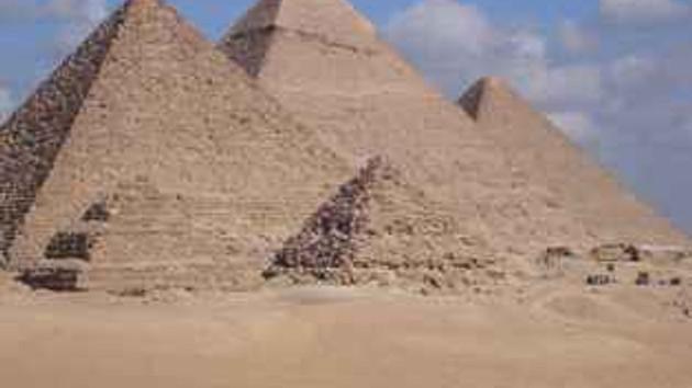 Efsane çözüldü! Mısır piramitlerini uzaylılar mı yaptı?