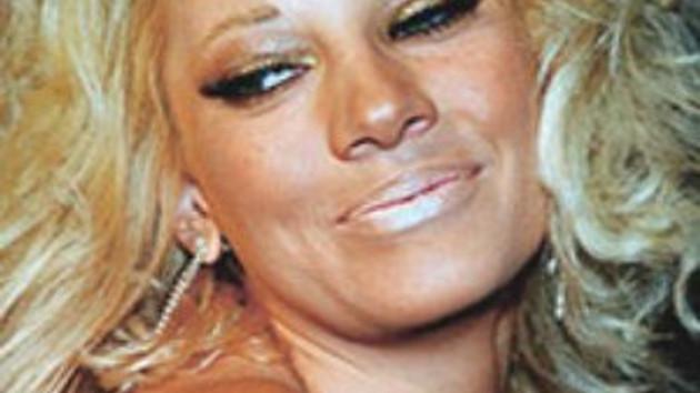 Yunanistan üçüncü güzelinin 'Süper sert' pornosu olay oldu!