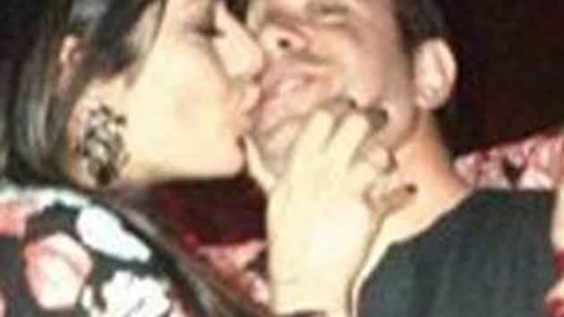 Ebru'nun dudaklarıyla beni yediği resim!