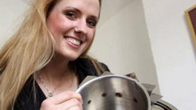 Carolin'den müthiş icat: Çorbayı kıvama getiren tencere!