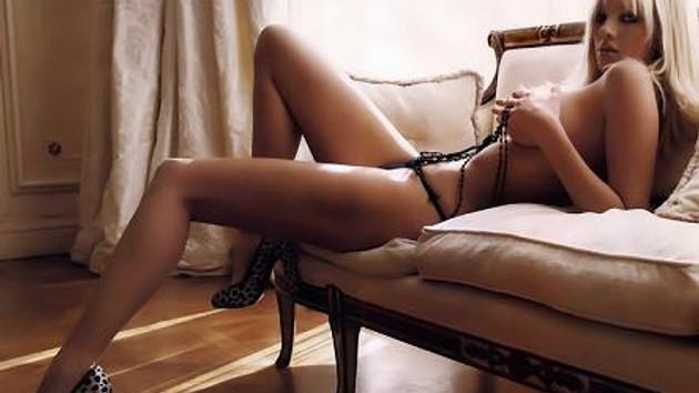 Yunan güzelinin porno DVD'si rekor kırdı! Kaç tane satıldı?