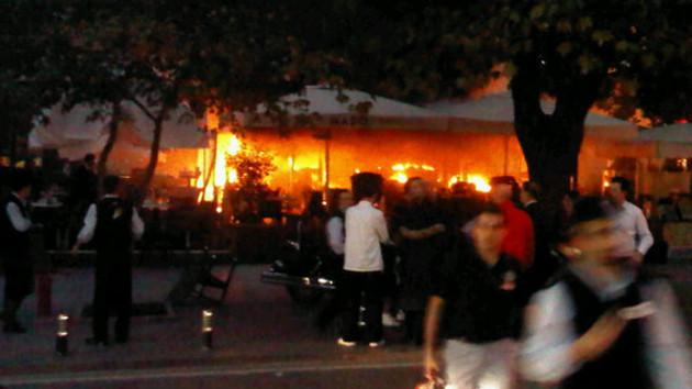 Suadiye Mado'da patlama! 1 kişi hayatını kaybetti!