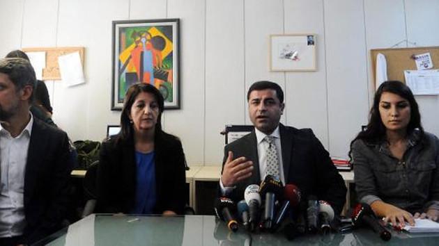 Demirtaş: HDP'li vekillere ekran yasağı var