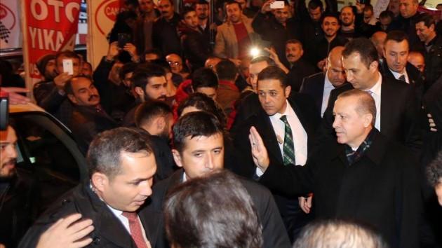 Erdoğan taziye ziyaretinde alkışlayanları susturdu