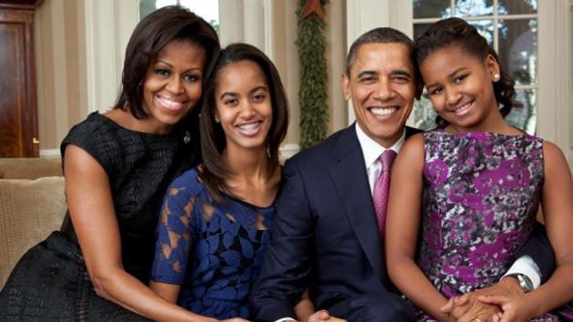 Barack Obama'nın kızı Sasha Snapchat'te babasıyla alay etti