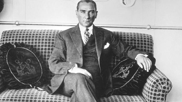 Atatürk'ün bugünkü liderlere ders gibi 10 sözü