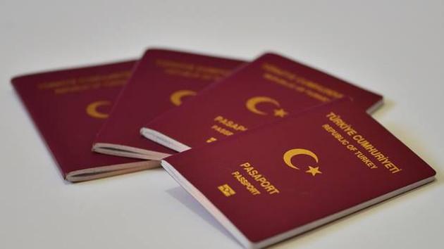 Pasaport sahipleri dikkat: Çipli pasaport dönemi bugün başlıyor!