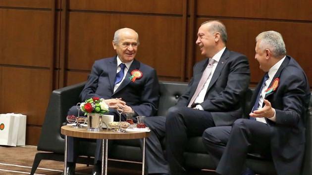 AKP ve MHP'yi engellemek için ekonomik kriz tezgahlanacak
