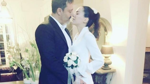 Dilara Gönder'in evlendiği Saydam Değer kimdir?