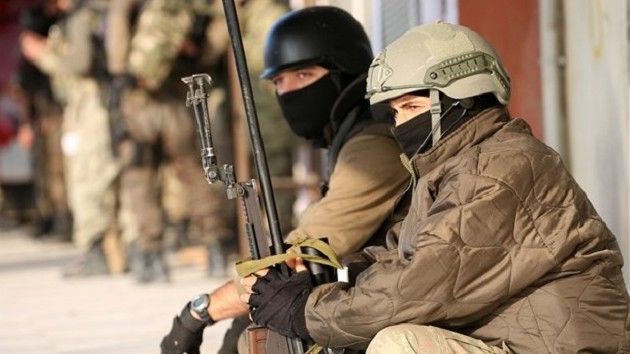 """""""Türk askeri Nusaybin yakınlarından Suriye'ye girdi"""