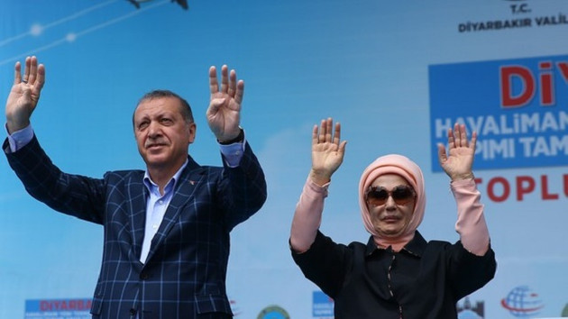 Cumhurbaşkanı Erdoğan Diyarbakır'da konuşuyor