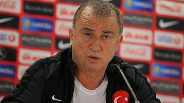 Fatih Terim'i eleştiren profesöre TRT'den yayın yasağı iddiası