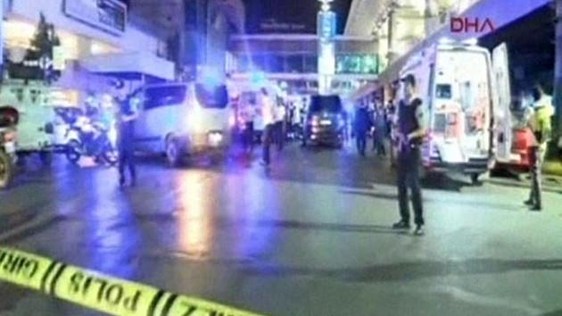 Hürriyet yazarı Selvi: Atatürk Havalimanı saldırısını 7 terörist gerçekleştirdi