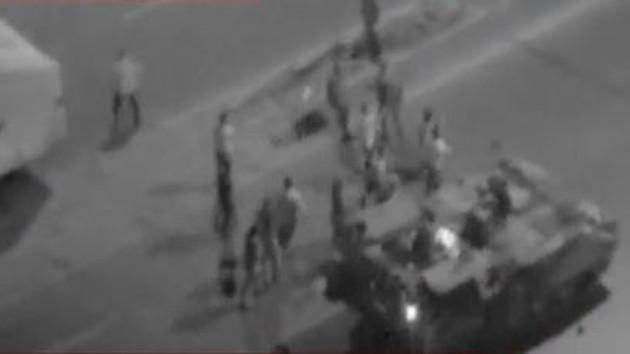 Ankara Emniyeti'nde sivillere ateş açılma anı