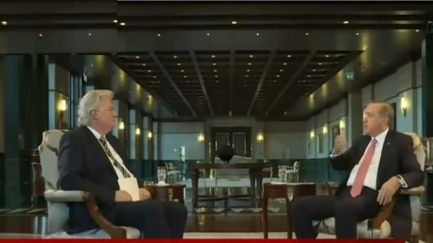 Erdoğan, Almanya'nın teröre destek verdiğini söyleyince Alman sunucu yayını kestirdi!