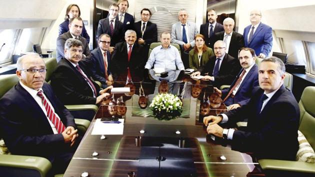 Erdoğan: Zarrab'ın savcısı Bharara'yı FETÖ yedirip içirdi