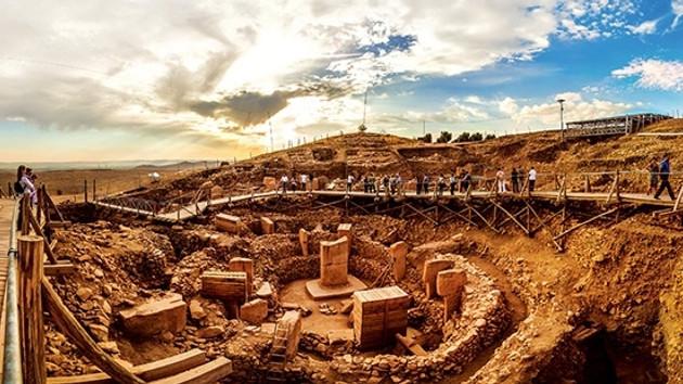 TRT, Göbeklitepe'ye putların merkezi diyen belgeseli kaldırdı