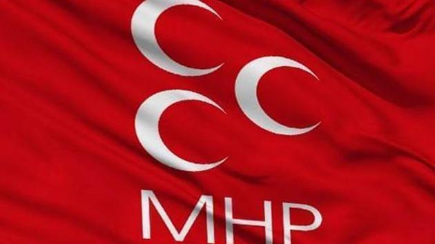 MHP'de şok! Tüm teşkilat istifa etti